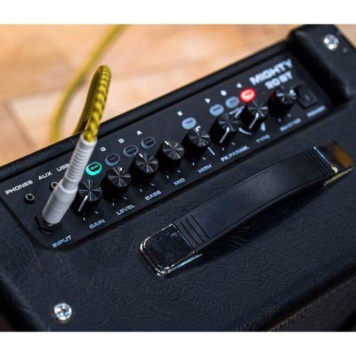 NU>X Amps